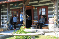 visitors-to-the-Smallwood-Cabin