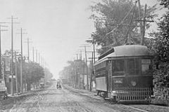 250px-Toronto_and_York_Radial_Railway_YONGE_ST._ST._CLAIR_AVE._TO_YONGE_BLVD._looking_s._at_Sherwood_Ave._16990205162