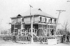 building-the-sutton-radial-station-1909